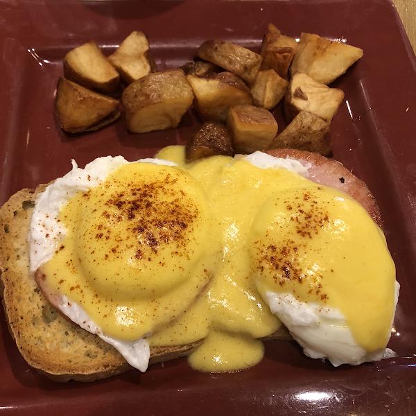 Gf eggs Benedict