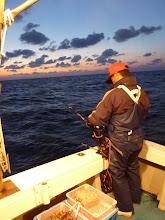 Photo: 戸田さんも! ・・・そして、本番スタート! 船頭さん腰痛でダウン。 波・風があり動けず、写真がありません。スンマセン。