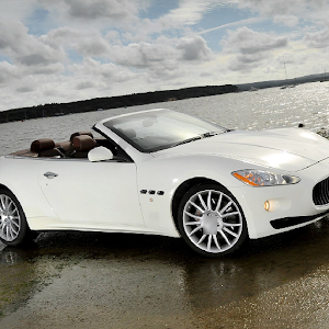 Fondos Maserati Gran Cabrio Gratis