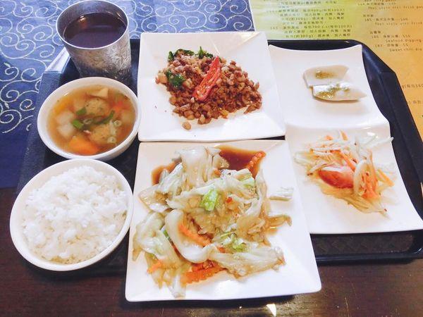 泰北料理/台中北屯區/一人吃.多人聚餐都適合的泰式家常料理~還有超值午間限定套餐哦!