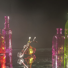 by Gale Martineau - Artistic Objects Glass ( still life, glass, studio lighting location project, colored glass )