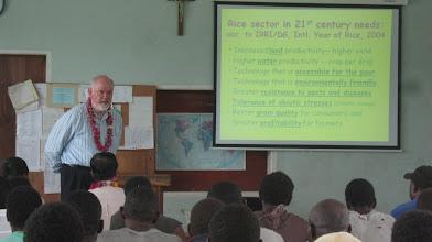 Photo: Presentation by Norman Uphoff on SRI at Don Bosco Rural Training Center, Nov. 10, 2009.