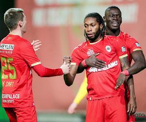 Antwerp plaatst zich voor play-off 1 en Mbokani schudt de kritiek van zich af met een hattrick tegen Oostende