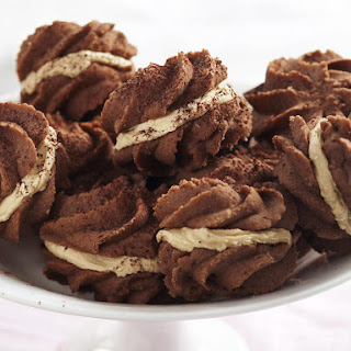 Chocolate Melting Moments with Coffee Cream