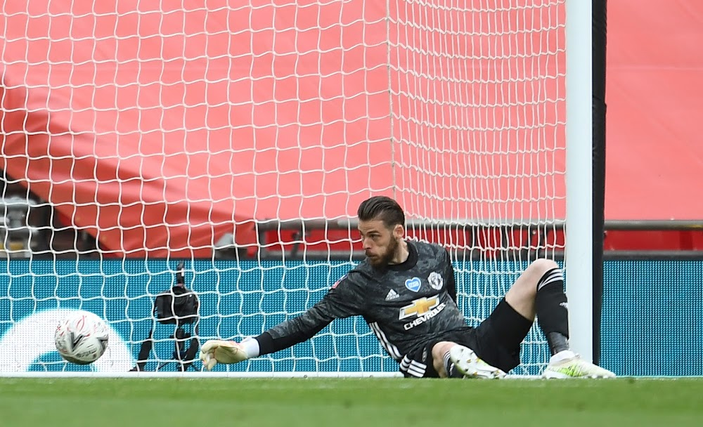 Manchester United must grasp the nettle and axe De Gea ...