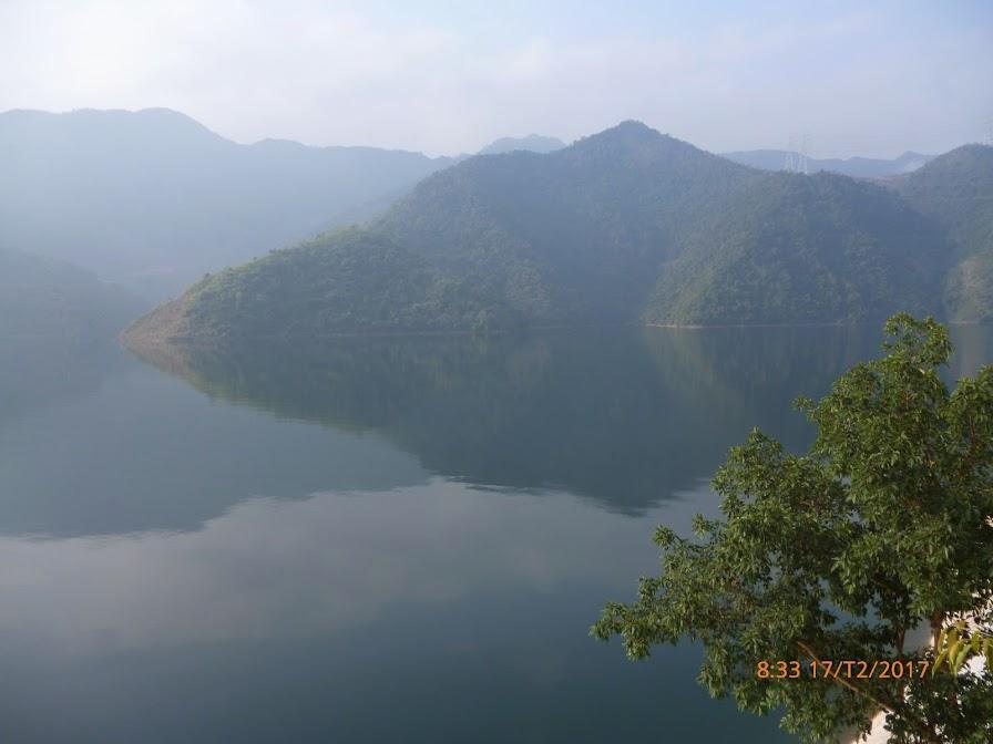 hồ trên đập thủy điện Sơn La