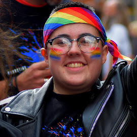 Through  the  rainbow  glasses by Gordon Simpson - People Street & Candids