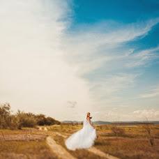 Wedding photographer Olya Permyakova (grafinja). Photo of 11.09.2014