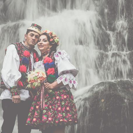 Wedding photographer Alin Achim (AlinAchim). Photo of 14.02.2018