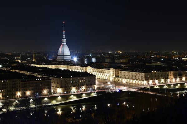 Turin by night di MersaPhotography