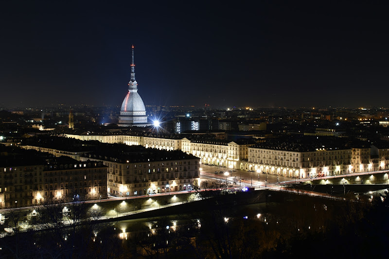 Turin by night di MersaPhotography