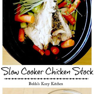 Slow Cooker Chicken Stock