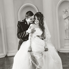 Wedding photographer Valeriya Safarova (ValeriaSunshine). Photo of 20.03.2013