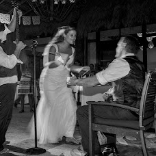 Wedding photographer Marco Cossu (Photos51). Photo of 20.08.2014