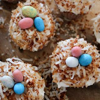 Bird's Nest Cupcakes.