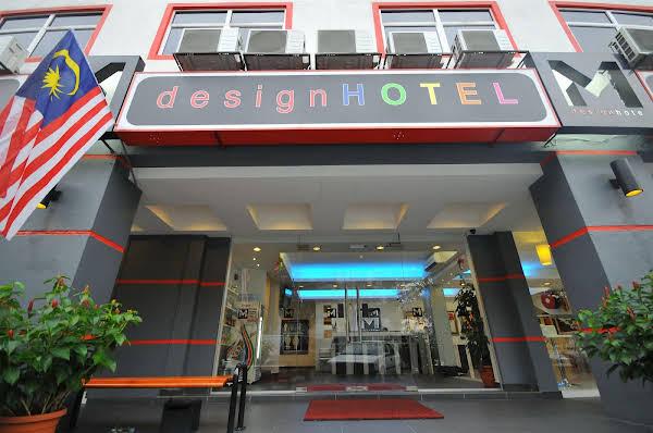 M Design Hotel at Pandan Indah