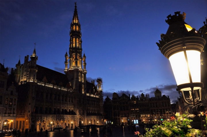 Grand Place by night di nobiwan