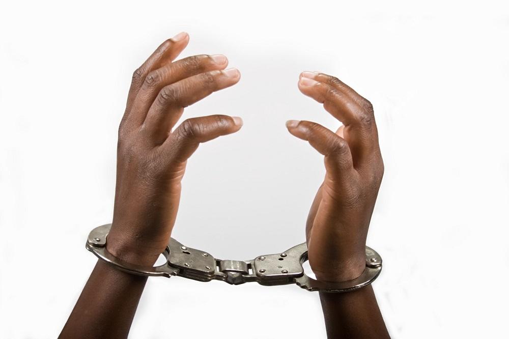 11 verdagtes word aangehou nadat hulle buitelandse besitwinkels in Soweto geplunder het - SowetanLIVE Sunday World