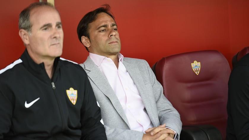 Fran Fernández no sabe si seguirá en el Almería.