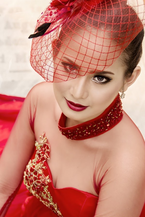 Tungka in Red by Hans Daniel - People Fashion ( unique outfit, potrait, fashion, girl, woman, urban potrait, beauty, fashion photography, expressive, photography, urban portrait, urban fashion,  )