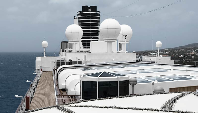 Improving Internet connectivity at sea - Cruiseable