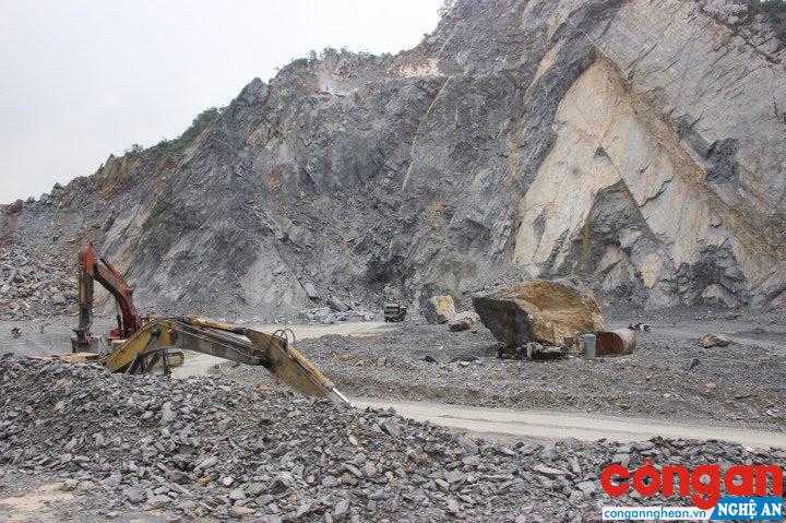 Tình trạng khai thác khoáng sản ồ ạt làm cho nguồn tài nguyên ngày càng cạn kiệt