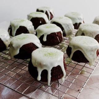 Peppermint Mocha Mini Cakes