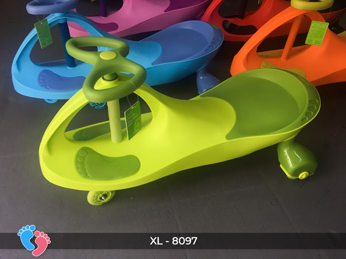 Xe lắc đồ chơi cho bé Broller XL-8097 9
