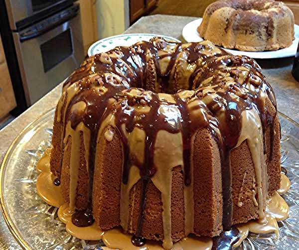 Million Dollar Irish Cream Pound Cake Recipe