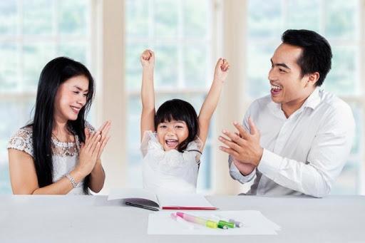 Cách uốn nắn những hành vi lệch chuẩn để không 'thành tật' ở trẻ