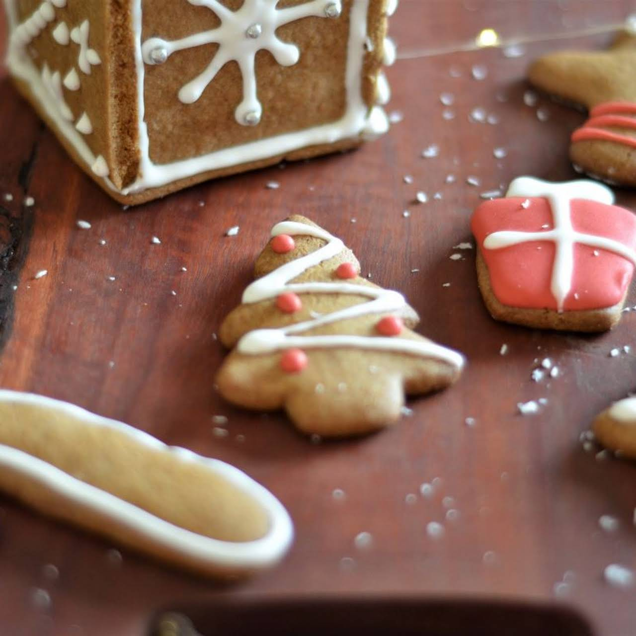Chewy Gluten Free Gingerbread Cookies
