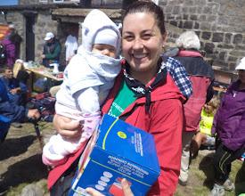 Photo: 7-Наталия получи и книжка от ТД Средногорец