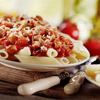 Penne Rigate Met Bloemkool En Pomodori-tomaten