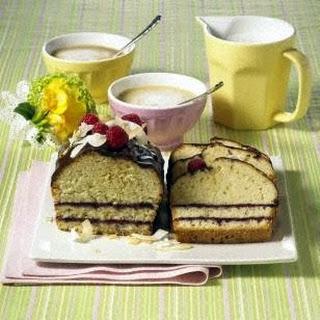 Getränkter Kokos-Beeren-Kuchen (Diabetiker)