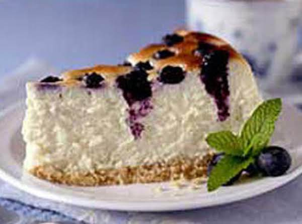 Blueberry Crown Cheesecake