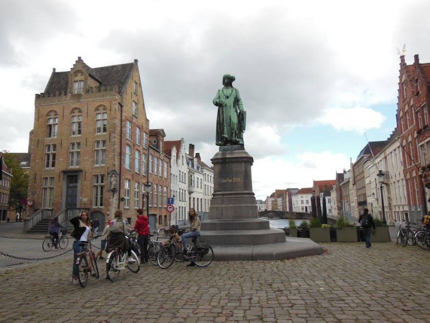 Plaza Jan Van Eyckplein