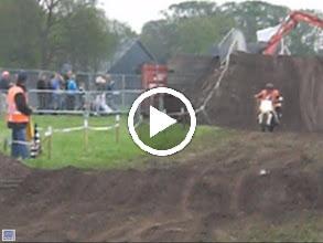 Video: John in actie