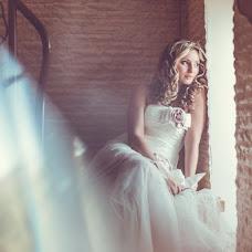 Wedding photographer Evgeniya Surkova (surkova). Photo of 17.06.2014