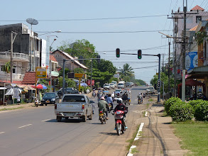 Photo: Pakse - streets and traffic + Sekong/Mekong river and french brige with 1 lane on Road nr. 13