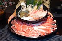 肉多多火鍋-台北重慶南店
