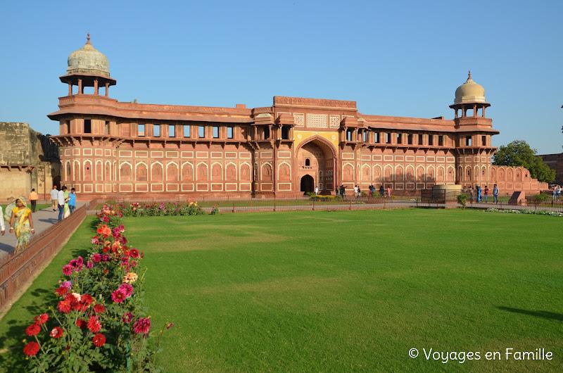 palais de Jahangir, agra fort