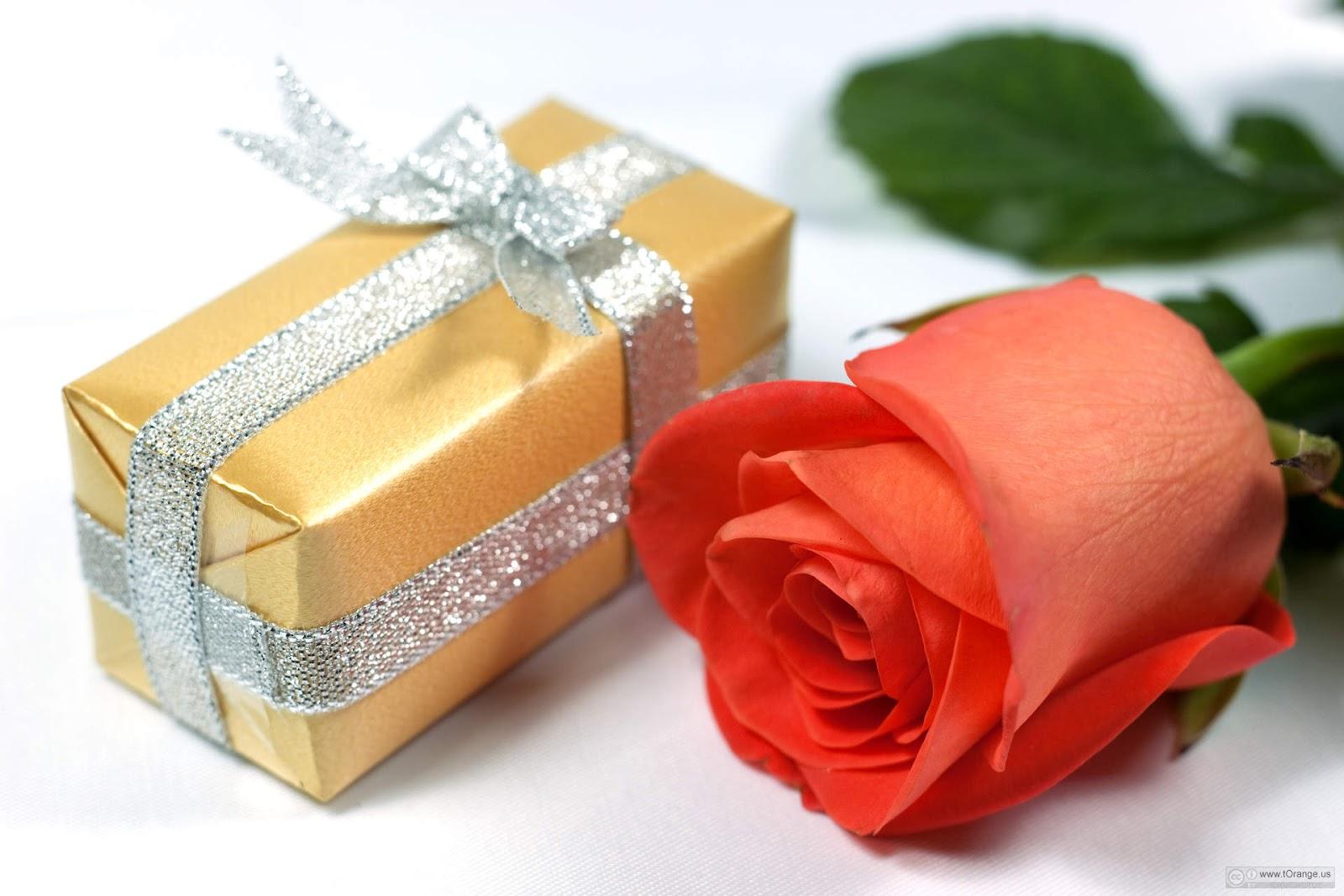 Anniversary-wedding-postcard-1296204193_56.jpg
