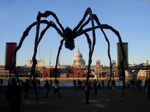 Photo: Louise Bourgeois Spider at the Tate Modern