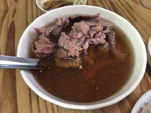 六千泓佐牛肉湯
