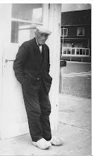 Photo: De vader van tante Riek  ''Kees Kok staat op deze foto'' hij werd in Derp de Stoomholster genoemd. Schelpenvisser was zijn beroep.