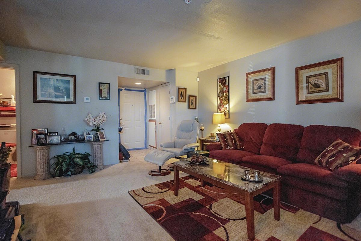 Poplar forest creek apartments in oklahoma city ok for Poplar forest floor plan