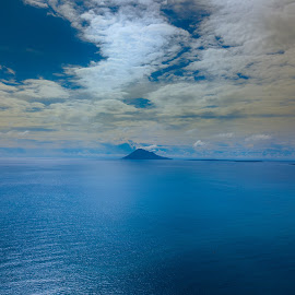 Clouds on the ocean by Irfan Firdaus - Landscapes Cloud Formations ( sky, blue sky, ocean, nature, clouds,  )