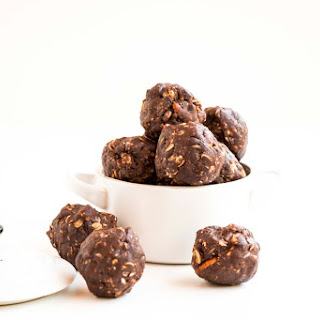 Nutty Chocolate Energy Balls