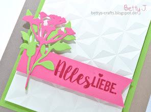 Photo: http://bettys-crafts.blogspot.com/2017/06/alles-liebe.html