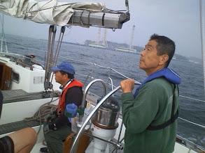 Photo: 久里浜沖通過